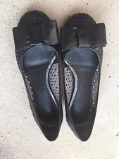 Clarks Women's Black Leather Herring Ballet Flats with Bow Size 5 M