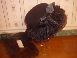 BETHANY LOWE-HALLOWEEN-ROSE AND CROWN RIDING HAT-NEW-2019
