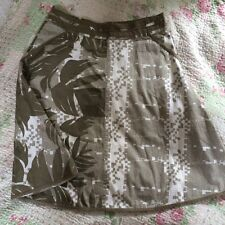 FAT FACE ladies Skirt With Pockets -size 12. VGC Khaki/ White