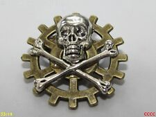 steampunk brooch badge pin cog gearwheel silver skull & crossbones pirate