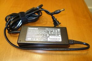 TOSHIBA 120W Laptop PA5083U-1ACA PA-1121-81 Power Adapter CHARGER 19V 6.32A DOCK