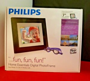 Philips Home Essentials Digital LCD Photo Frame 7 Inch Black Frame SPF3007D/G7