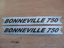 60-7054 TRIUMPH BONNEVILLE 750 SILVER/BLACK SIDE COVER PANEL BADGE DECAL (PR)