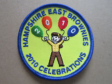 Hampshire East Brownies 2010 Celebrations Girl Guides Cloth Patch Badge (L3K)