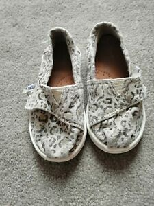 Baby Girl Leopard Print Toms Size 6