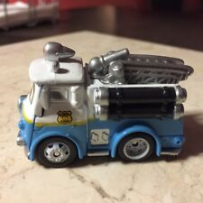 Disney Pixar The World of Cars MINI Adventures Radiator Springs RED New & Loose