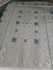 """Vintage, White with blue Chenille Twin-Bedspread, 72""""x109"""", w/Sham"""