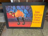 Camel in Lackstiefeln Zigaretten Werbung - Werbefigur Druck - Poster - Bild