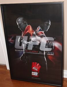 LIMITED EDITION GSP vs Bj Penn poster w/signed GSP glove in glass front pic box
