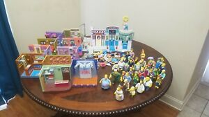 Simpsons World Of Springfield Figure And Playset Lot