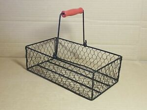 """Rustic Primitive Farm House Decor Metal Chicken Wire Basket Egg Collecting 10 ½"""""""