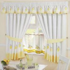 Rideaux et cantonnières jaune à motif Brodé pour la maison