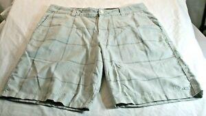 O'Neill Mens 34 White Gray Plaid Shorts