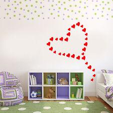 Adesivi e stancil da parete con amore e cuori