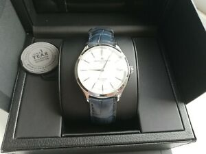 Baume mercier BAUMATIC Gents Watch BRAND NEW, white dial, blue leather strap