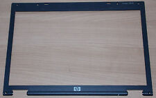 HP Compaq 6510b Installation Cadre Display screen Frame Display Cadre Mounting