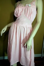 Vintage Luscious Lacy Lorraine Pink Rose Gown Sz 32 NWT NOS