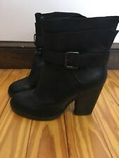 EUC Steve Madden Boots Size 8, Black WORN ONCE!  Sexy