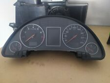 Audi A4 8E B6 Tacho Tachometer Kombiinstrument 1.8T