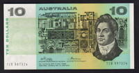 Australia R-305. (1974) 10 Dollars - Phillips/Wheeler.  AUST..  UNC