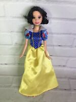 Mattel Disney Princess Snow White Doll With Dress Short Hair 2006 Great for OOAK