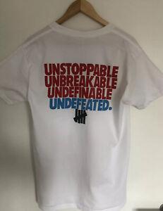 Undefeated  T-shirt Größe M