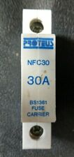 Proteus NFC30 30A BS1361 Fusible Fusible portadores con una adecuada