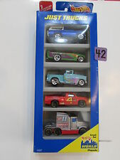 HOT WHEELS 1996 GIFT PACK - JUST TRUCKS - BRONCO CHEVY DODGE KENWORTH 5 CAR PACK