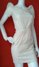 Designer Maje Dentelle Robe Taille 8 -- utilisé une fois -- ivoire manches courtes entièrement doublé