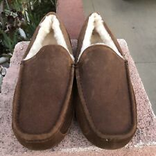Mens UGGS Ascot Brown Suede Sheepskin Loafers Slippers NWT Runs Small