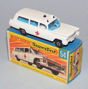 MATCHBOX SUPERFAST #54a CADILLAC AMBULANCE WITH SILVER GRILLE NEAR MINT BOXED