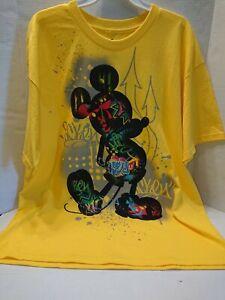 Disney Mickey Mouse T-shirt Yellow Men's Size XL