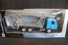 Carrarama Mercedes-Benz Car Transporter 1:32 Blue (JS)
