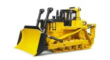 Bruder #02453 1:16 Scale CAT Large Track-Type Tractor
