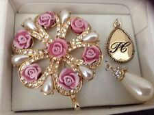 Avon President's Recognition Achievement Pin 2005-2006 Pink, Ivory & Rhinestones