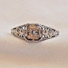 Vintage 18K White Gold Filigree and Diamond Ring Size 6.5