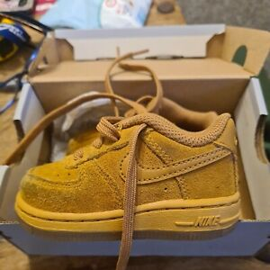 Nike Air Force 1 Baby Boy Tan Suede Baby Size 3.5 Trainers Boxed