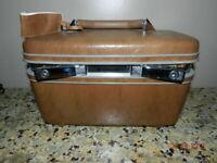 Vintage Samsonite Train Make Up Case/ Brown/Tilting mirror/Minor Wear