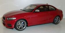 Véhicules miniatures rouge BMW 1:18
