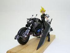 Final Fantasy VII: Cloud Strife & Hardy Daytona 1/8 Unpainted Resin Model Kit