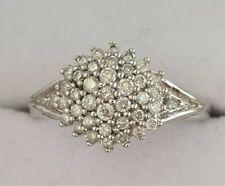 Hermoso de oro de 9 quilates 9ct Oro Blanco Diamante Anillo 0.40ct HMKD 3.1g Tamaño L