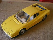 Ferrari Testarossa (1984) Burago 1:18 scale model - Yellow body