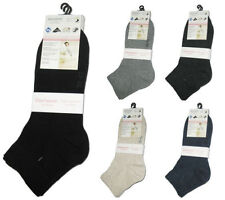 Cotton Blend Patternless Socks for Women