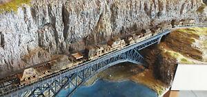 Güterzug der dtsch. Reichsbahn, Wüsten-Tarnlackierung