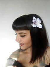 Pince clip cheveux fleur orchidée blanche coiffure pin-up rétro rockabilly