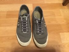 Fred Perry Woodford trainers, Grey and white, size 9