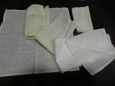 lot==comme neufs ,brodés   main  4pochettes et un mouchoir= 5piéces  blancs
