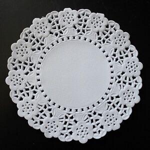 White lace paper doilies