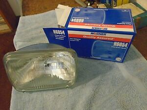 gmc chevy ford truck Headlight Bulb Wagner Lighting H6054 79-16
