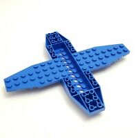 Lego 35106 Aircraft Base 4 x 16 x 1 with Recessed Center and 8 x 4 Wings